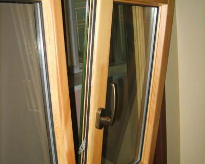 二沙岛铝合金玻璃雨棚