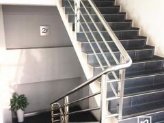 德邦物流园不锈钢楼梯扶手 FS-008