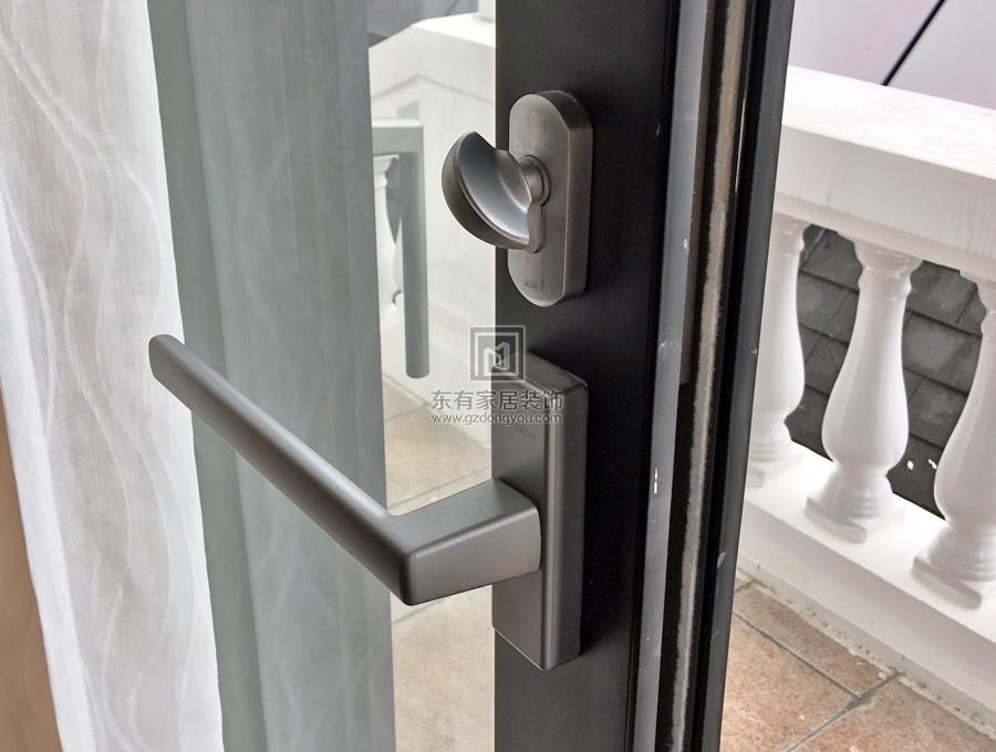 铝合金纱门