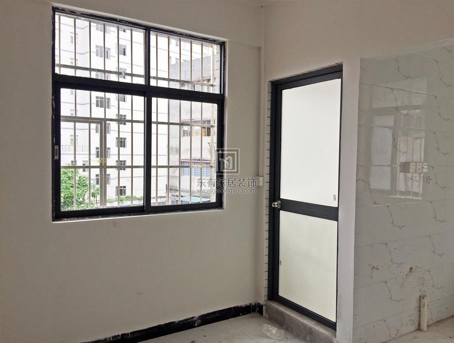 铝合金平开门、推拉窗