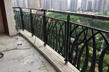 凯旋新世界不锈钢烤漆阳台栏杆 LG-026