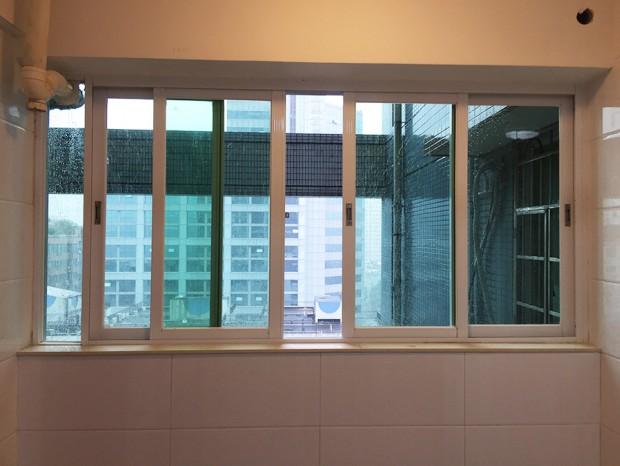 广州恒鑫御园凤铝门窗安装 MC-022