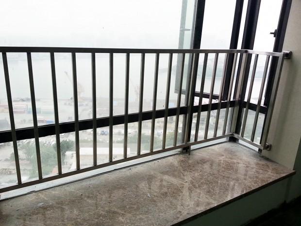 广州御景丁先生窗前护栏 LG-033
