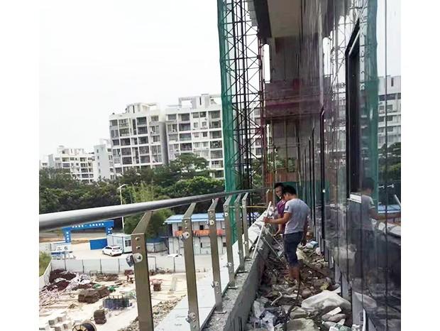 深圳电信大夏玻璃栏杆 LG-010