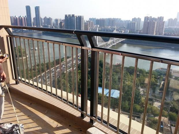 越秀区江尚东山阳台栏杆、窗前护栏 LG-007