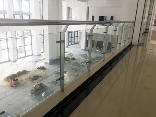 海珠区海事法院不锈钢栏杆 LG-004