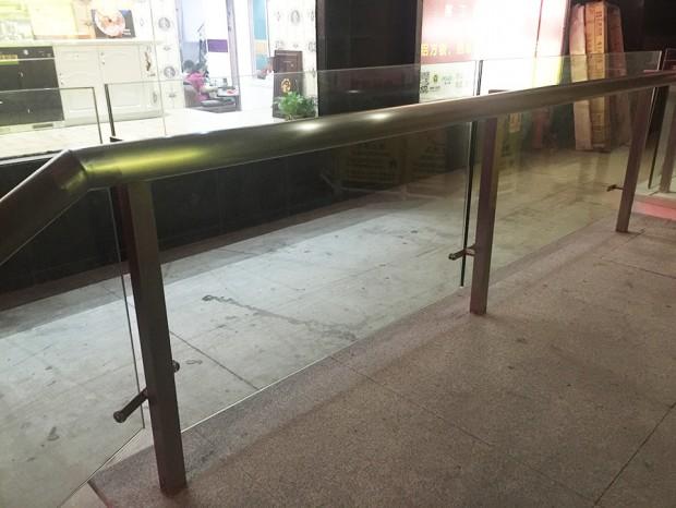 广州家居城扶梯台阶不锈钢防护栏杆 LG-037
