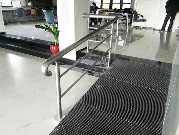 增城税局楼梯扶手 FS-017
