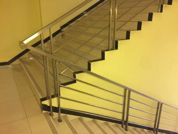 马会家居不锈钢楼梯扶手 FS-025