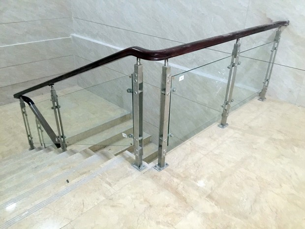 增城税局玻璃楼梯扶手 FS-003