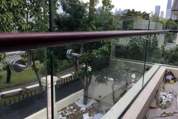 二沙岛落地玻璃栏杆 LG-043