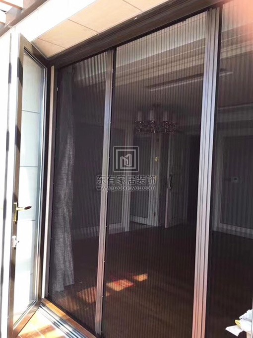 铝合金纱门、折叠门