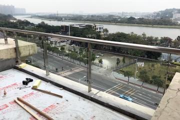 金沙洲江悦湾陈先生阳台玻璃栏杆 LG-053