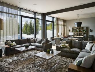 房屋重新装修,门窗安装摆放的正确方法。
