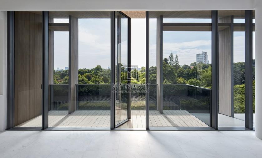 房屋重新装修,门窗安装摆放的正确方法。2