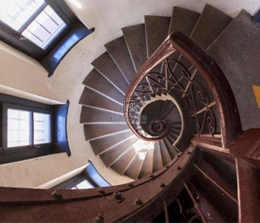 设计旋转楼梯的注意事项