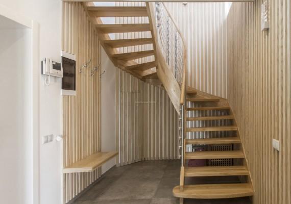 楼梯如何进行清洁保养