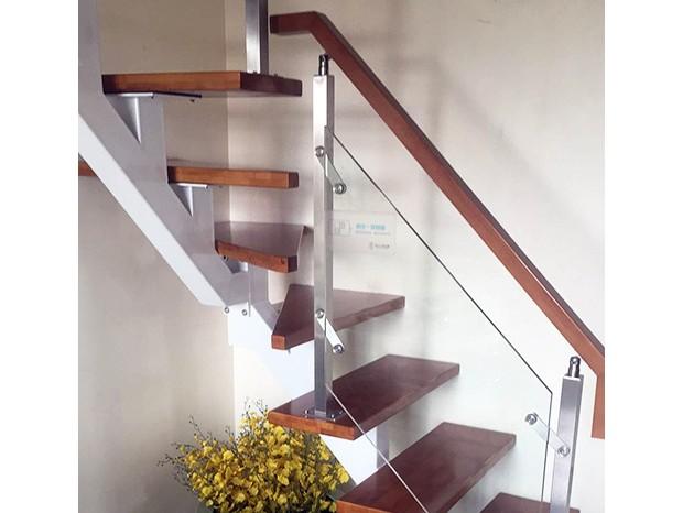 芳村家装室内旋转楼梯 FS-014