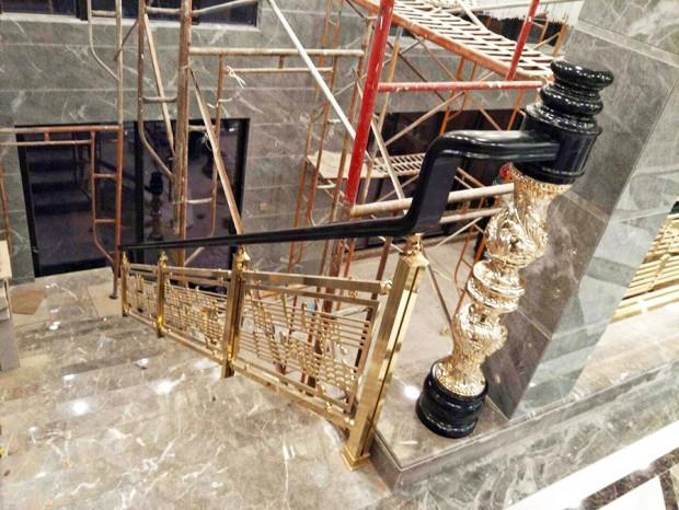 会所、酒店高级钛金楼梯扶手 FS-057