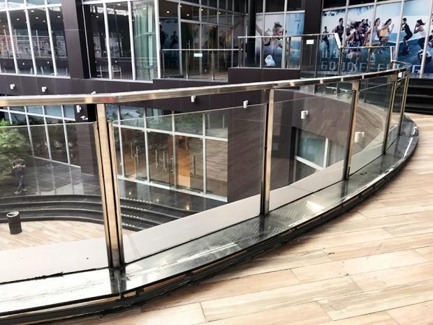 商场不锈钢玻璃栏杆 LG-066