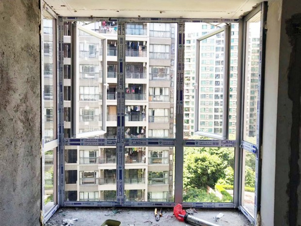 美景花苑铝合金窗封阳台 MC-144