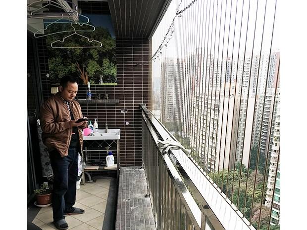中海锦榕湾邱先生阳台更换不锈钢护栏 LG-075