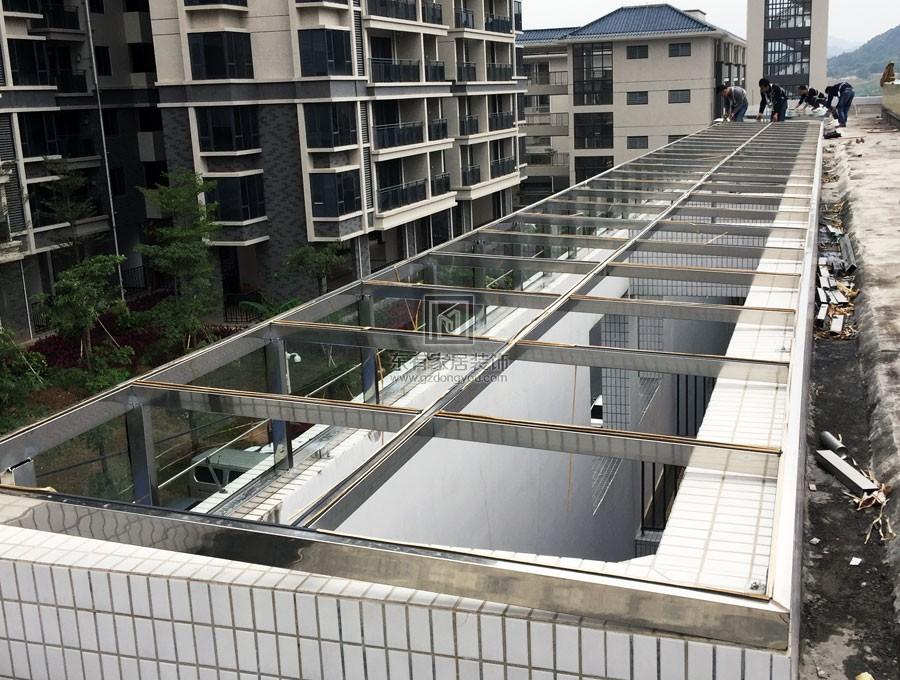 萝岗幼儿园屋面玻璃雨棚 YP-011