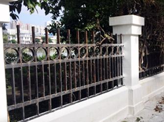 二沙岛不锈钢氟碳漆围栏更换