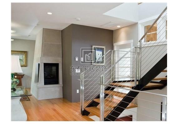 楼梯方位最好设置在哪里 楼梯什么形状好