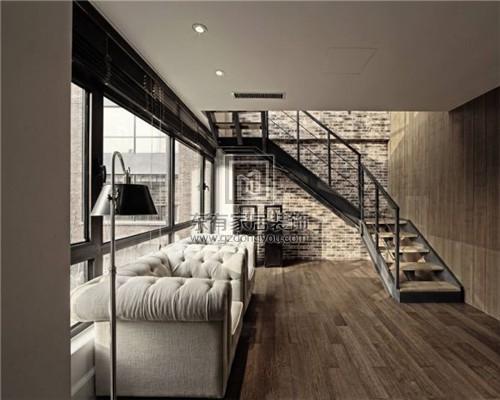 最好将楼梯建在房屋的吉利方位