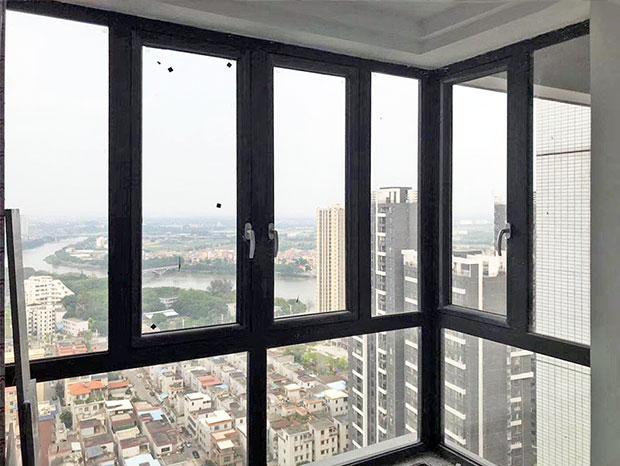 广州张先生家封阳台门窗 MC-165