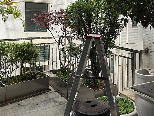 云峰社区不锈钢阳台护栏、雨棚 LG-088