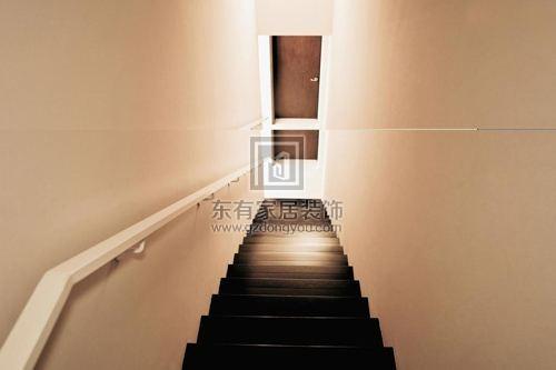 怎样才算楼梯对着大门?大门对楼梯怎么做屏风?